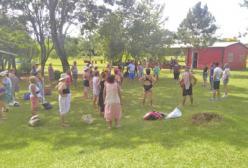 Adultos mayores disfrutan de Acuagym en la colonia de vacaciones del IPS